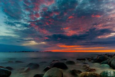 Photo of sunset over Chantry Island Southampton, Ontario Lake Huron