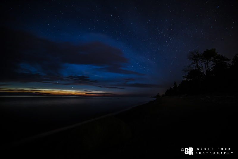 Rare Noctilucent Clouds in Southern Ontario